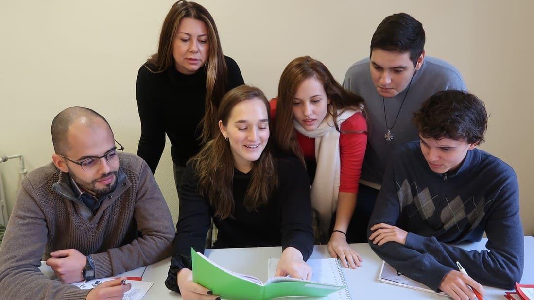 Curso de francês para adultos Montpellier